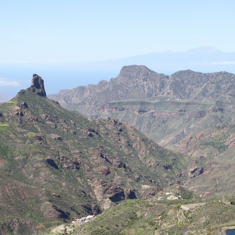 Valleys and dams of Gran Canaria by helicopter