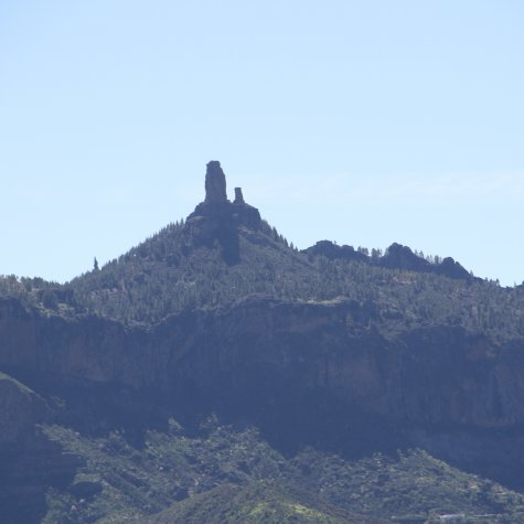Roque Nublo by helicopter