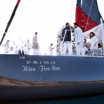 Five Star Boat (Luxury Boat)